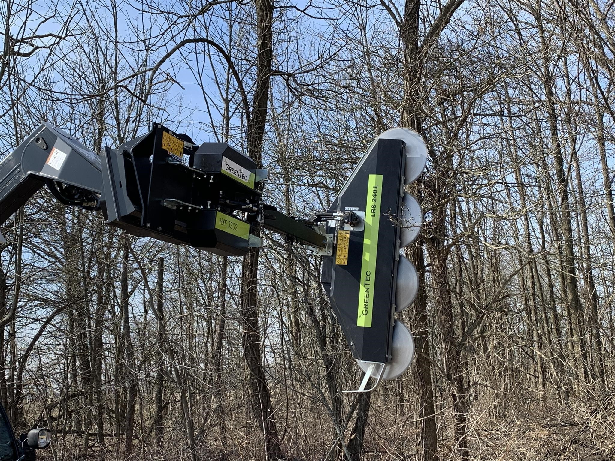 2020 GREENTEC LRS2402 Loader and Skid Steer Attachment