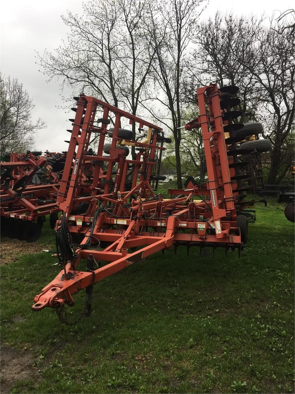 2007 Krause Landsman TL6200-27 Soil Finisher