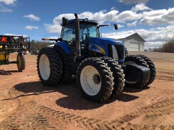 2009 New Holland T8040 Tractor
