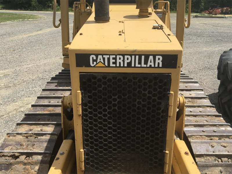 1990 Caterpillar D3C Dozer