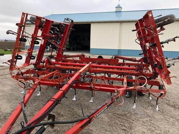 1992 Kongskilde SBC-24 Field Cultivator
