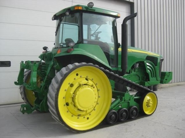 2002 John Deere 8520T Tractor