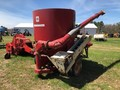 International 850 Grinders and Mixer