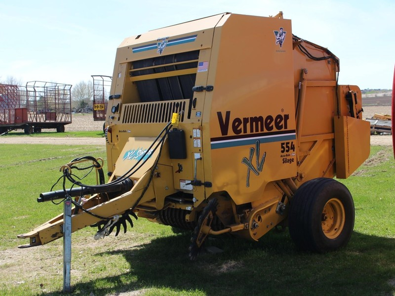 Used Vermeer 554XL Round Balers for Sale | Machinery Pete