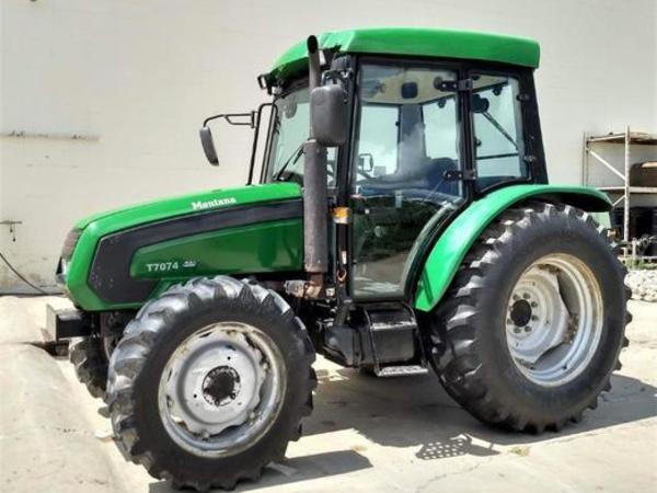 2008 Montana T7074 Tractor