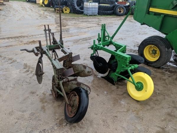 John Deere F45 Plow
