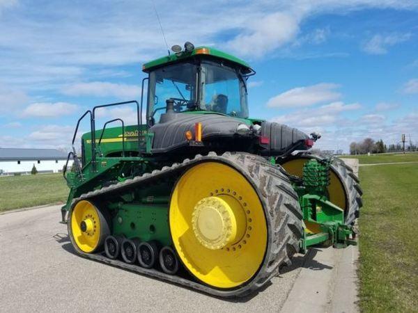 2002 John Deere 9520T Tractor