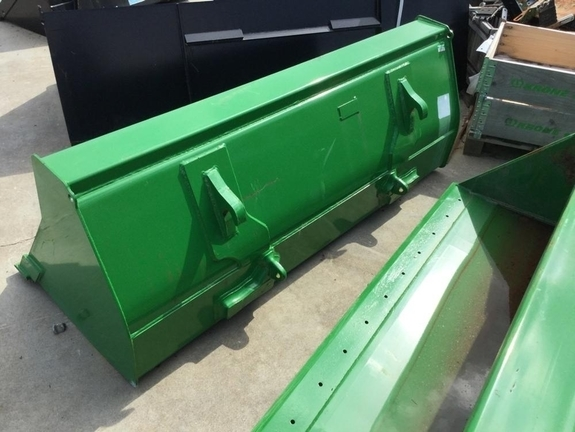2018 John Deere bucket74 Loader and Skid Steer Attachment