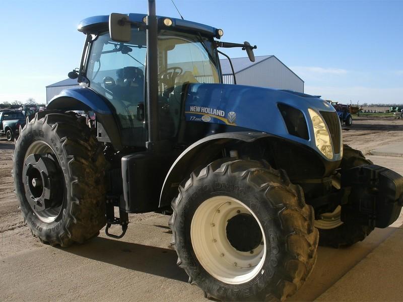 2011 New Holland T7.260 SIDEWINDER II Tractor