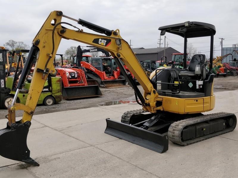 2011 Caterpillar 303.5D CR Excavators and Mini Excavator