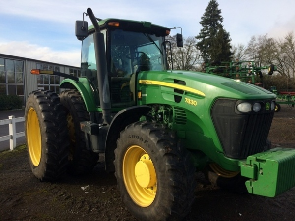 2010 John Deere 7830 Tractor