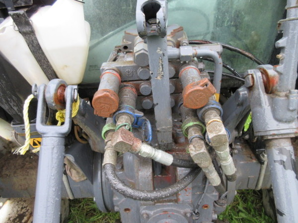 2001 New Holland TN65 Tractor