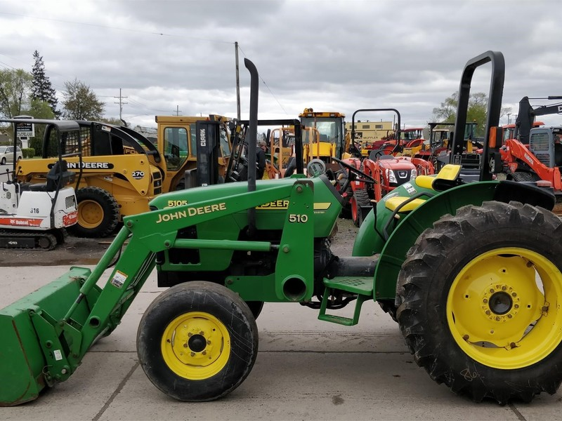 2004 John Deere 5105 Tractor