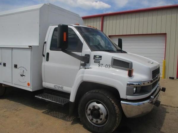 2006 Chevrolet KODIAK C5500 Semi Truck