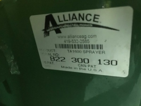 2005 Top Air TA1600 Pull-Type Sprayer