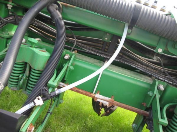 2006 John Deere 1770NT Planter