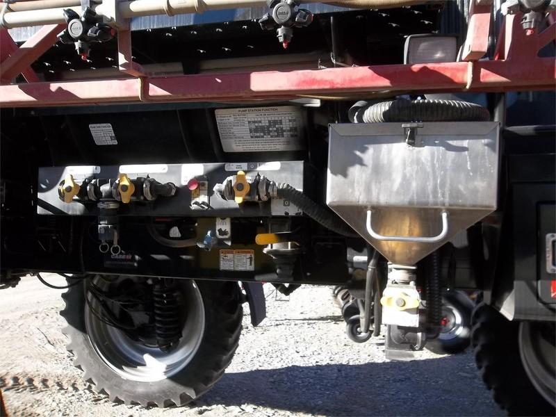 2010 Case IH Patriot 3230 Self-Propelled Sprayer