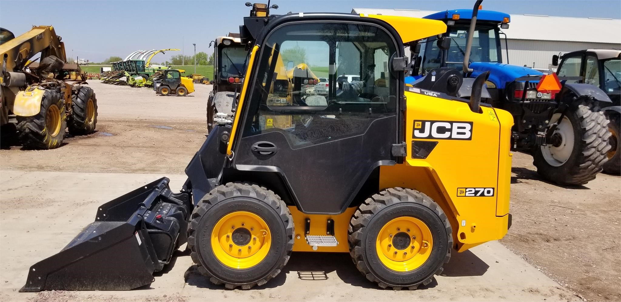 2019 JCB 270 Skid Steer