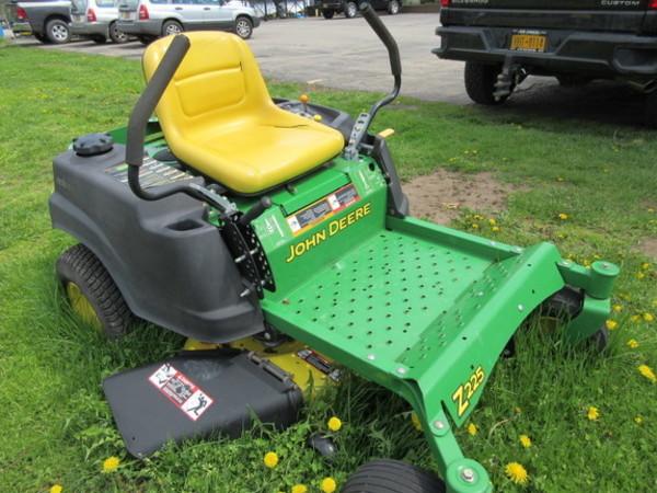 John Deere Z225 Lawn and Garden for Sale   Machinery Pete