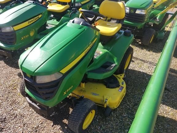 2018 John Deere X390 Lawn and Garden