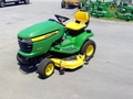 2012 John Deere X320 Lawn and Garden