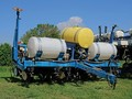 1996 Kinze 2000 Planter