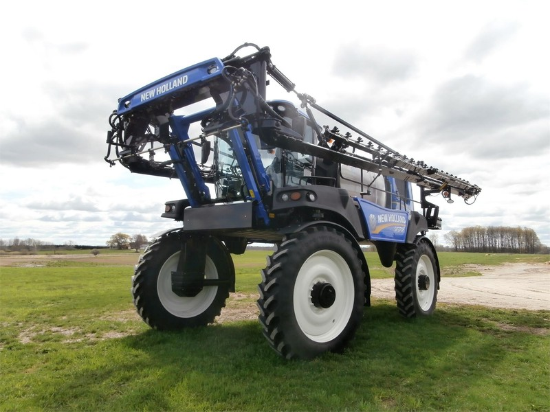 2019 New Holland SP.370F Self-Propelled Sprayer