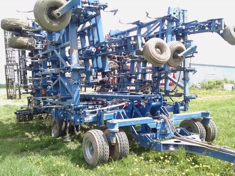 2015 Penta 300 Field Cultivator