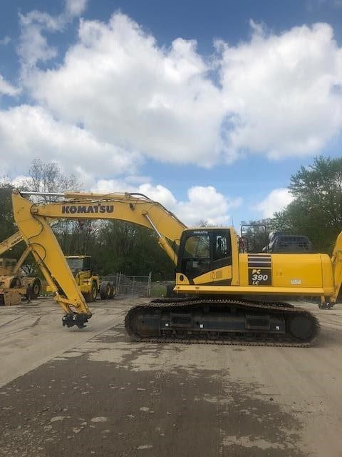 2017 Komatsu PC390 LC-11 Excavators and Mini Excavator