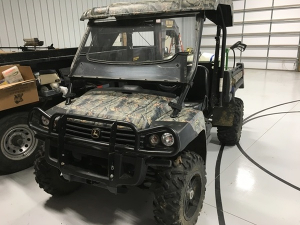 2012 John Deere Gator XUV 825I ATVs and Utility Vehicle