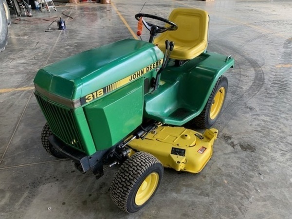 John Deere 318 Lawn and Garden for Sale | Machinery Pete