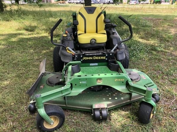 2018 John Deere Z950M Lawn and Garden