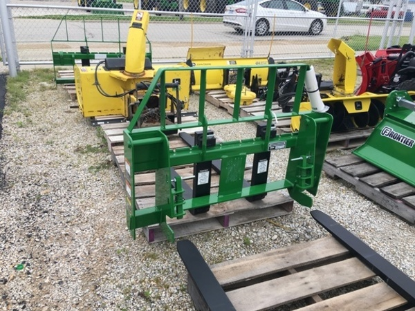2018 Frontier AP12D Loader and Skid Steer Attachment