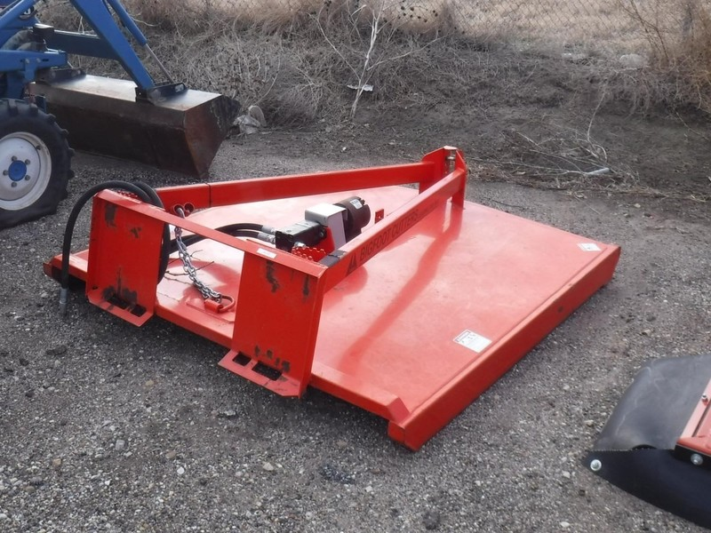 2015 TRI-L BFC-72 Loader and Skid Steer Attachment