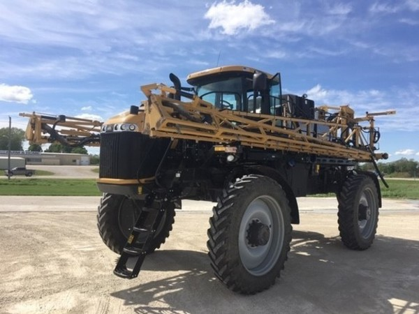 2017 Ag-Chem RoGator 1100B Self-Propelled Sprayer