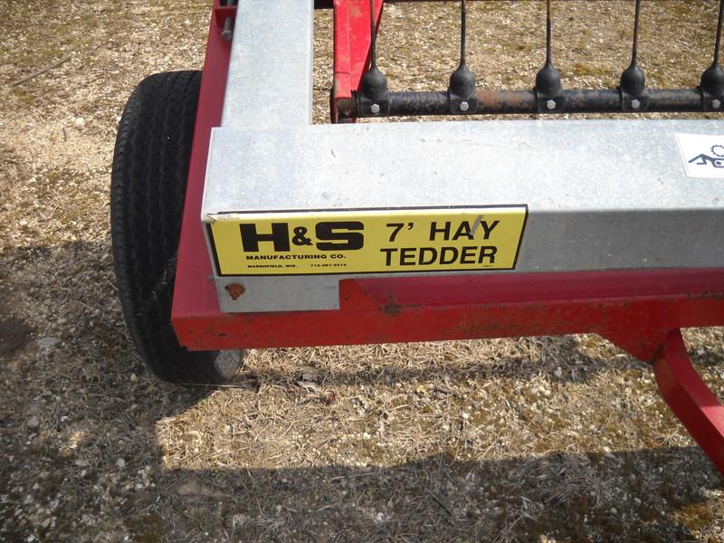 1998 H & S HT7 Tedder