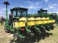2015 John Deere 1735 Planter