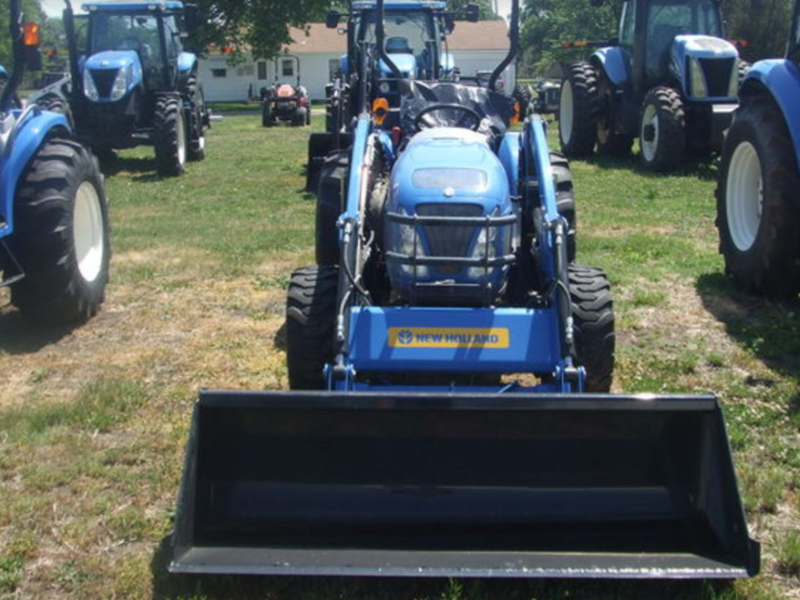 2013 New Holland Boomer 50 Tractor
