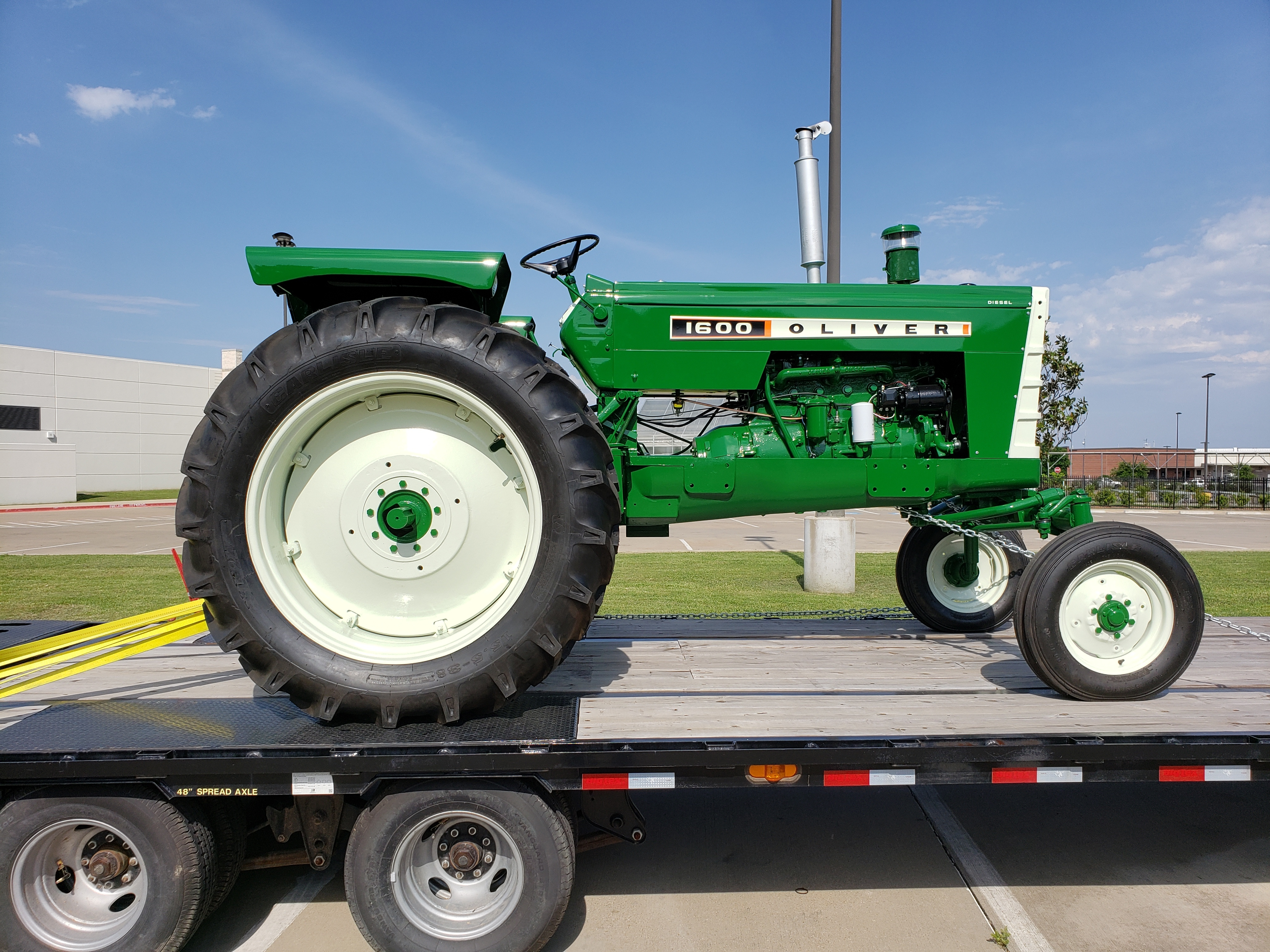 1962 Oliver 1600 Tractor