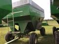2011 E-Z Trail 3400 Gravity Wagon