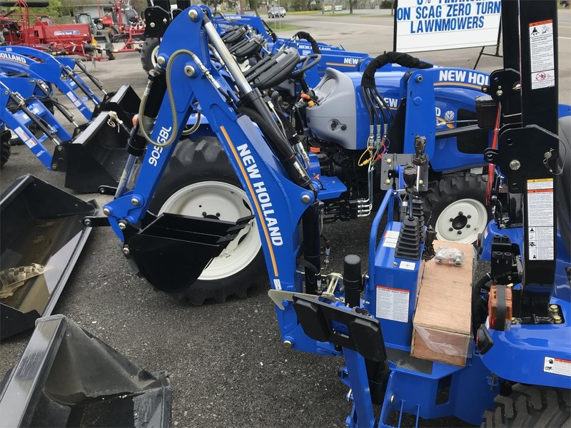 New Holland WORKMASTER 25S Tractor