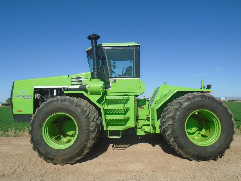 1983 Steiger Panther 1000 CP1325 Tractor