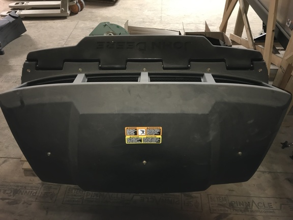 2018 John Deere Dump From Seat Bagger Lawn and Garden