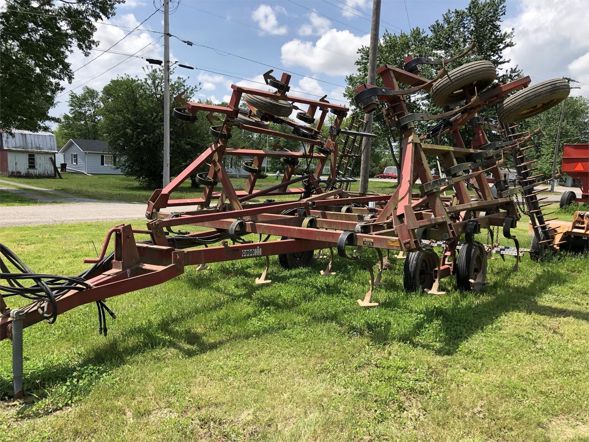 1996 Case IH 4800 Field Cultivator