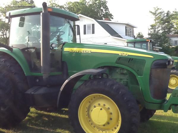 John Deere 8120 Tractor