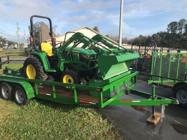 2019 John Deere 3025E tractor package Tractor