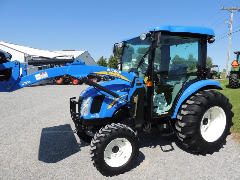 2013 New Holland Boomer 3045 Tractor