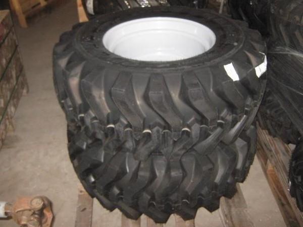 Titan 15-19.5 Wheels / Tires / Track