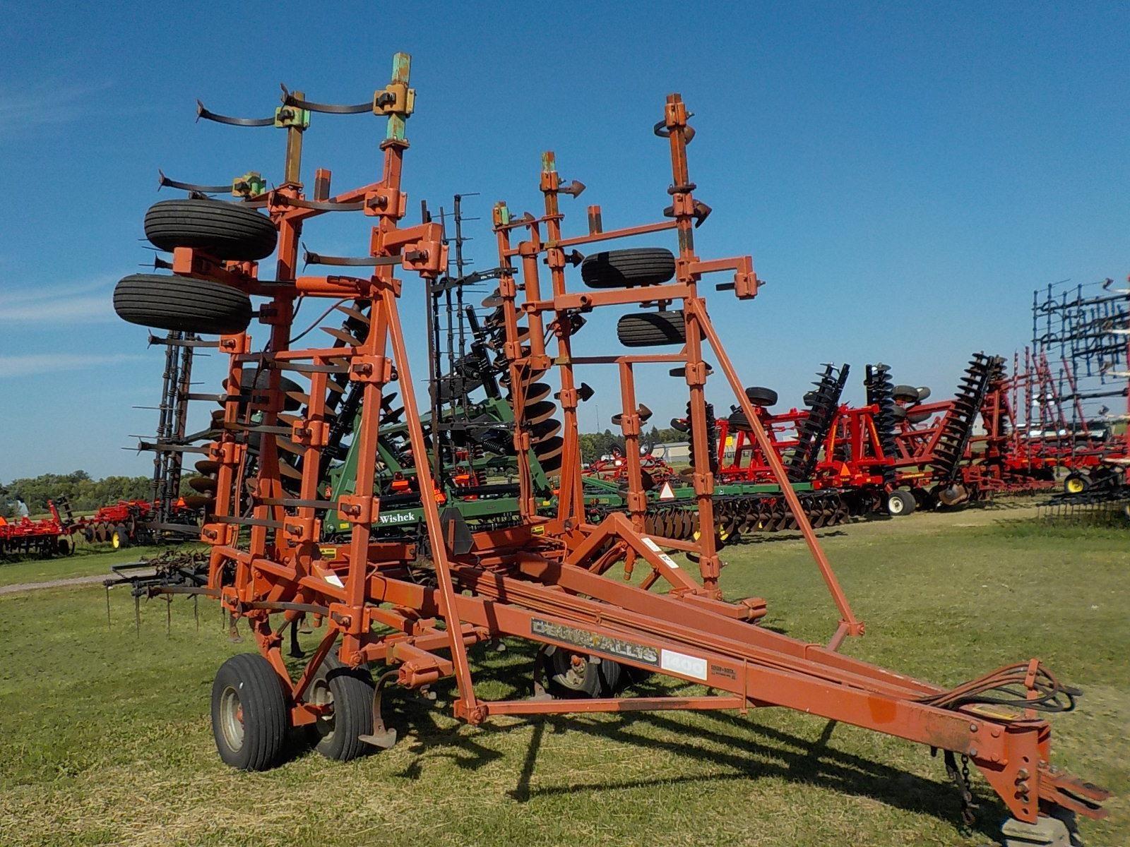 Deutz Allis 1400 Field Cultivator