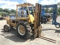 International 4500B Forklift